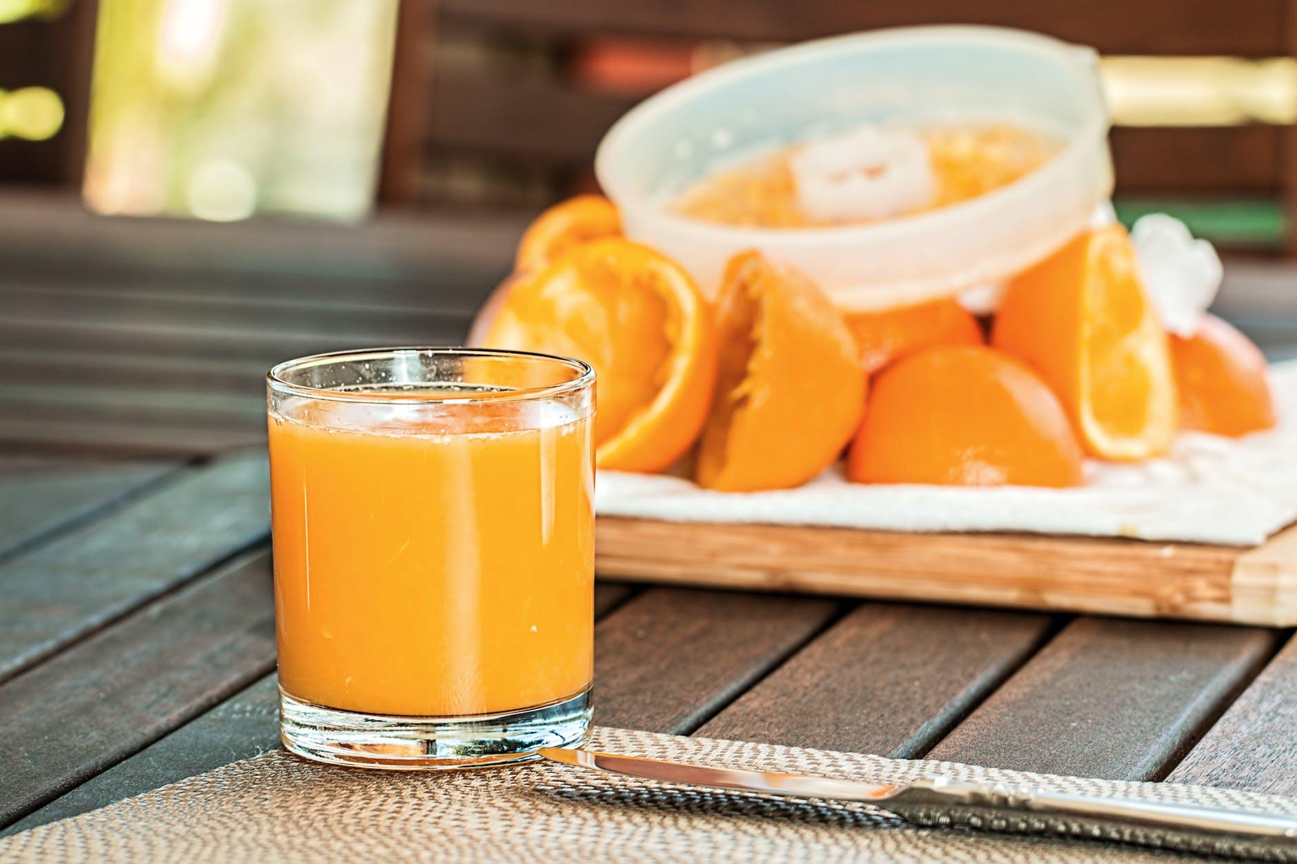 fresh-orange-juice-squeezed-refreshing-citrus-158053.jpeg